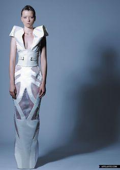 'Anneliese' Fashion Collecion // Hussein Bazaza | Afflante.com