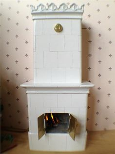 """Handgjord Kakelugn med brinnande """"eld"""" unik, från Tistelhofs Miniatyrer"""