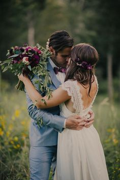 St Louis bohemian woodsy wedding - Silver Oaks Chateau - Anna Campbell dress - Charis Rowland Photography - romantic wedding in the woods - intimate bride and groom photos - blush and plum