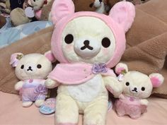 pretty little psycho💊 Sanrio Characters, Aesthetic Pictures, Plushies, Pretty Little, Baby Dolls, Hello Kitty, Sewing Projects, Bunny, Teddy Bear