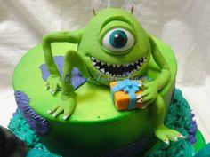 Mike Wazowski cake topper. #monstersinccaketopper #fondantcaketopper