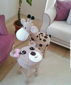 Image could contain: indoor Crochet Home, Crochet For Kids, Crochet Crafts, Crochet Dolls, Crochet Projects, Crochet Baby Clothes, Amigurumi Doll, Crochet Animals, Handmade Toys