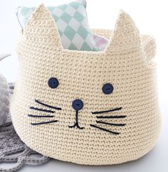 crochet basket. panier chat crocheté en Phil Corde, coloris Craie et…