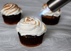 Toasting s'mores cupcakes with mini creme brulee torch