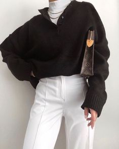 beautiful autumn outfits - Find the most beautiful outfits for your autumn look. - beautiful autumn outfits - Find the most beautiful outfits for your autumn look. Look Fashion, Korean Fashion, Winter Fashion, Fashion Women, Fast Fashion, Classy Fashion, Fashion Over 50, Grunge Fashion, French Fashion