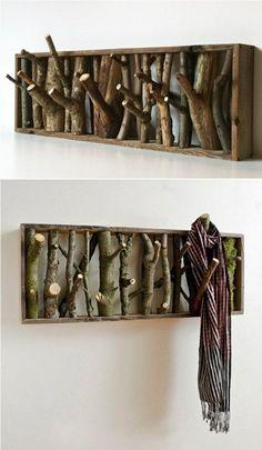 Eine kleine #Garderobe mit Ästen selbst gebaut! Hier die Anleitung: