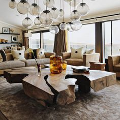 In Kelly Hoppen Interiors, the renowned decorator has created a little black book of design ideas. She shares her top-notch tips. - FamilyCircle.com