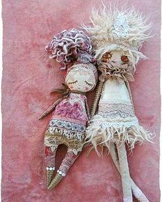 Doll#motherhoodrising#artdoll#handmadedoll#woodland#fairydoll#dollmaker#vintagefabric#laryondoll#maker#toddlermom#nurserydecor#childrenroom#girlsdecor#dollmaking#artdoll#sewingaddict#artflection#textildesign#gift#vintagestyle#handcrafted