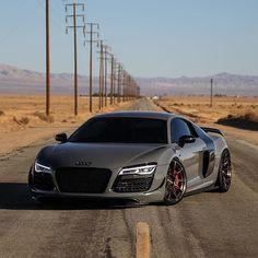 Best looking Audi R8 around Photo @speedsuspects
