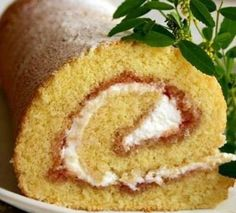 Roll or biscuit recipe is very successful. Recipes with photos. Italian Desserts, Biscuit Recipe, Food Photo, Cornbread, Vanilla Cake, Hummus, Mashed Potatoes, Biscuits, Deserts