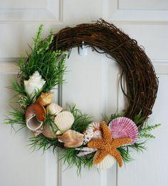 Beach Wreath Sea Shell Wreath Beach Decor by ShadesOfTheSeasons, $80.00   (FAVORITE !)