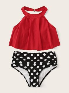 To find out about the Floaty Top With Ruched Polka Dot Bikini Set at SHEIN, part of our latest Bikinis ready to shop online today! Push Up Bikini, Bikini Top, Cute Swimsuits, Women Swimsuits, Modest Swimsuits, Polka Dot Bikini Set, Bathing Suits Cheeky, Set Fashion, Fashion Styles