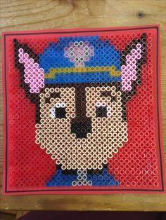 Syntymäpäivä kortti hamahelmet ryhmä hau vainu koira poliisikoira diy 2017 Birthday card hama beads paw patrol chase