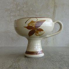 Leonard's Bridge Pottery (operated in Ballarat 1980 - 1988). Australian Studio Pottery.