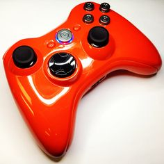 A custom GTA V Franklin themed modded Xbox 360 rapid fire controller from… Modded Xbox 360, Xbox Controller, Red Candy, Black Ops, Gta, Xbox One, Playstation, Video Games, Gaming