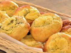 Žlebské dvojctihodné koláče Hamburger, Muffin, Bread, Cooking, Breakfast, Sweet, Easy, Recipes, Kitchen