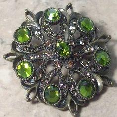 Glitzy green diamante brooch | Jewels & Finery UK