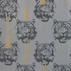 The charming Coco Tiger wallpaper from Studio Lisa Bengtsson is a cool wallpaper that really stands out. The glamorous wallpaper is designed by Lisa Bengtsson and the tigers with gold tassels and jewelry has both attitude and a luxurious aura at the same time.