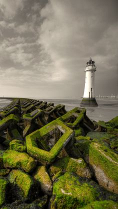 New Brighton Lighthouse, (Perch Rock) New Brighton, Merseyside, England Photo By: Chris Newman Source Flickr.com