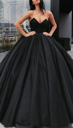 Sweetheart black ball gown prom dress 2018 party dress from 27dress.com. shop now>>