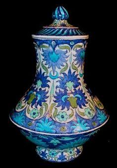 WILLIAM DE MORGAN, (1839-1917)  Covered Vase (c. 1888 England)