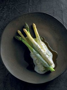 Asparagus, ** buttermilk **, smoked oil. For the cultured butter and buttermilk, combine the cream and yoghurt... cont.d