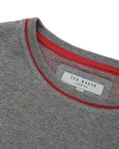 Neck Collar Designs, Shirt Designs, Looks Style, My Style, Fashion Details, Mens Tees, Knitwear, Sportswear, Men Sweater
