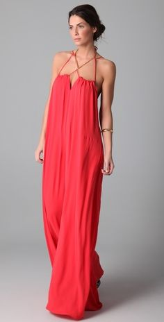 The Alisha Jumpsuit looks super comfy (probably would look like a sack on me). Shouldn't be too hard to sew? Coral Maxi Dresses, Summer Dresses, Red Maxi, Estilo Hippie, Diy Vetement, Look Fashion, Womens Fashion, Look Boho, Mode Style
