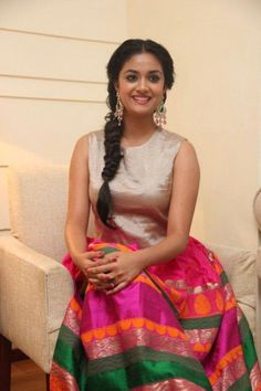 Keerthi-Suresh-October-2015-Stills-(5