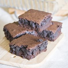I guess we all have a special recipe for Brownies that we like, I adore moist batters and this is what I like about this Brownie.