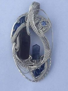 Beautiful wire wrap pendant