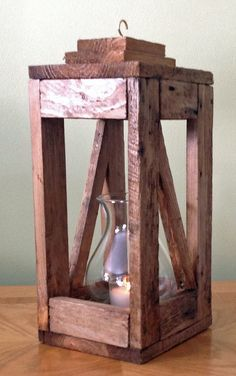 Christmas Wood Crafts, Outdoor Furniture Plans, Rustic Lanterns, Scrap Wood Projects, Pallet Crafts, Wood Creations, Wooden Diy, Wood Pallets, Wood Art