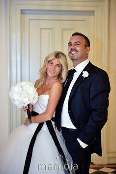Black And White, Wedding Dresses, Design, Fashion, Bride Gowns, Moda, Blanco Y Negro, Bridal Gowns, Black N White