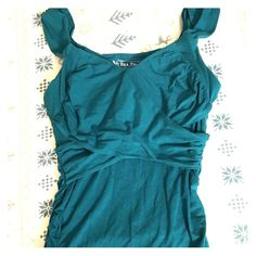 VS Teal Bra Top NWT Victoria's Secret Criss-cross tank bra top. Never worn. Washed once. Size small. Victoria's Secret Tops Tank Tops