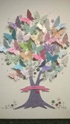 Baum aus Schmetterlingen