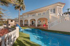 4 spálňová vila s výhľadom na more, Mijas Costa Amazing villa with 4 beds for sale in Mijas Costa