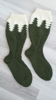 Crazy Socks, Knitting Socks, Mittens, Christmas Stockings, Diy Crafts, Embroidery, Crochet, Knits, Cold