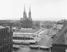 Vienna Austria, Paris Skyline, Travel, Vintage, Vienna, Simple Lines, Archive, History, Viajes