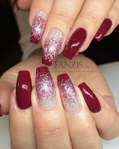 red white glitter ombre nails Related posts: White, beige and gray glitter Christmas nails with tree and decorations on it Winter nails with snowflake; red and white … Red Nail Designs, Acrylic Nail Designs, Acrylic Tips, Holiday Nails, Christmas Nails, Winter Christmas, Christmas Ideas, Christmas Glitter, Xmas Nails