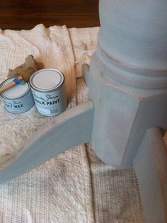 DIY. Distressed look. Annie Sloan Chalk Paint in Paris Grey, sanded back in places a d finished with soft wax
