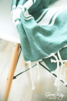 Eames chair with fouta