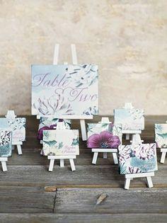 Міні-мольберти чудово підійдуть для оформлення карток розсадження гостей на весіллі  До того ж, вони такі милі  #jamwedding #розсадка_гостей