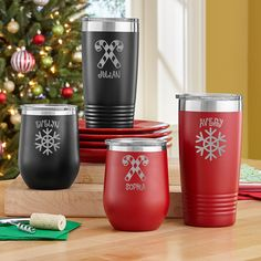 Make some merry with this festive tumbler designed to keep holiday drinks hot or cold for hours. It makes a wonderful stocking stuffer. Personalized Cups, Personalized Christmas Gifts, Christmas Tumblers, Christmas Wonderland, Snowflake Designs, Tumbler Designs, Holiday Drinks, Insulated Tumblers, Holiday Wishes