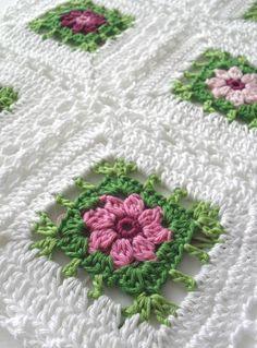 Beautiful Flower Blanket : free chart