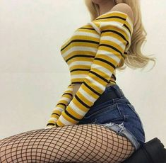 Bottoms - fishnet tights-black Source by Fashion 90s, Grunge Fashion, Look Fashion, Korean Fashion, Fashion Outfits, Womens Fashion, Luxury Fashion, Black Aesthetic Fashion, Girl Fashion