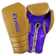 USG have a good range of boxing gloves. Our Range includes boxing gloves, Boxing Shorts, Training Pads, Protective Gear and boxing Accessories. Fighting Gloves, Boxing Fight, Training Pads, Boxing Gloves, Boxing Workout, Golf Bags, Accessories, Boxing Hand Wraps, Boxing Training