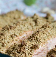 Saumon en croûte de pistaches Banana Bread, Desserts, Food, Fish Finger, Pistachios, Pisces, Tailgate Desserts, Deserts, Essen