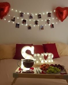 45 Romantic Bedroom Decorations Ideas for Valentine's Day - Birthday Room Decorations, Anniversary Decorations, Valentines Day Decorations, Romantic Room Decoration, Romantic Bedroom Decor, Decoration Photo, Wedding Decoration, Valentines Bricolage, Valentines Diy