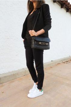 c2e1aa5757e 18 απολαυστικές εικόνες με Stan Smith | Woman fashion, Fashion ...