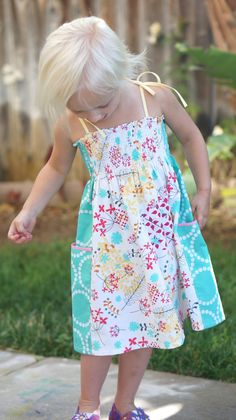 A Summer Whimsy Sundress Tutorial {30 Days of Sundresses}